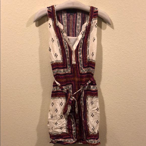 Sanctuary Dresses & Skirts - NWOT Sanctuary colorful print belted dress